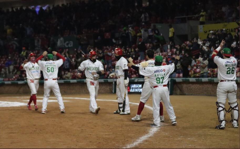 México vence a Venezuela y se mete a semifinales en la serie del caribe de béisbol