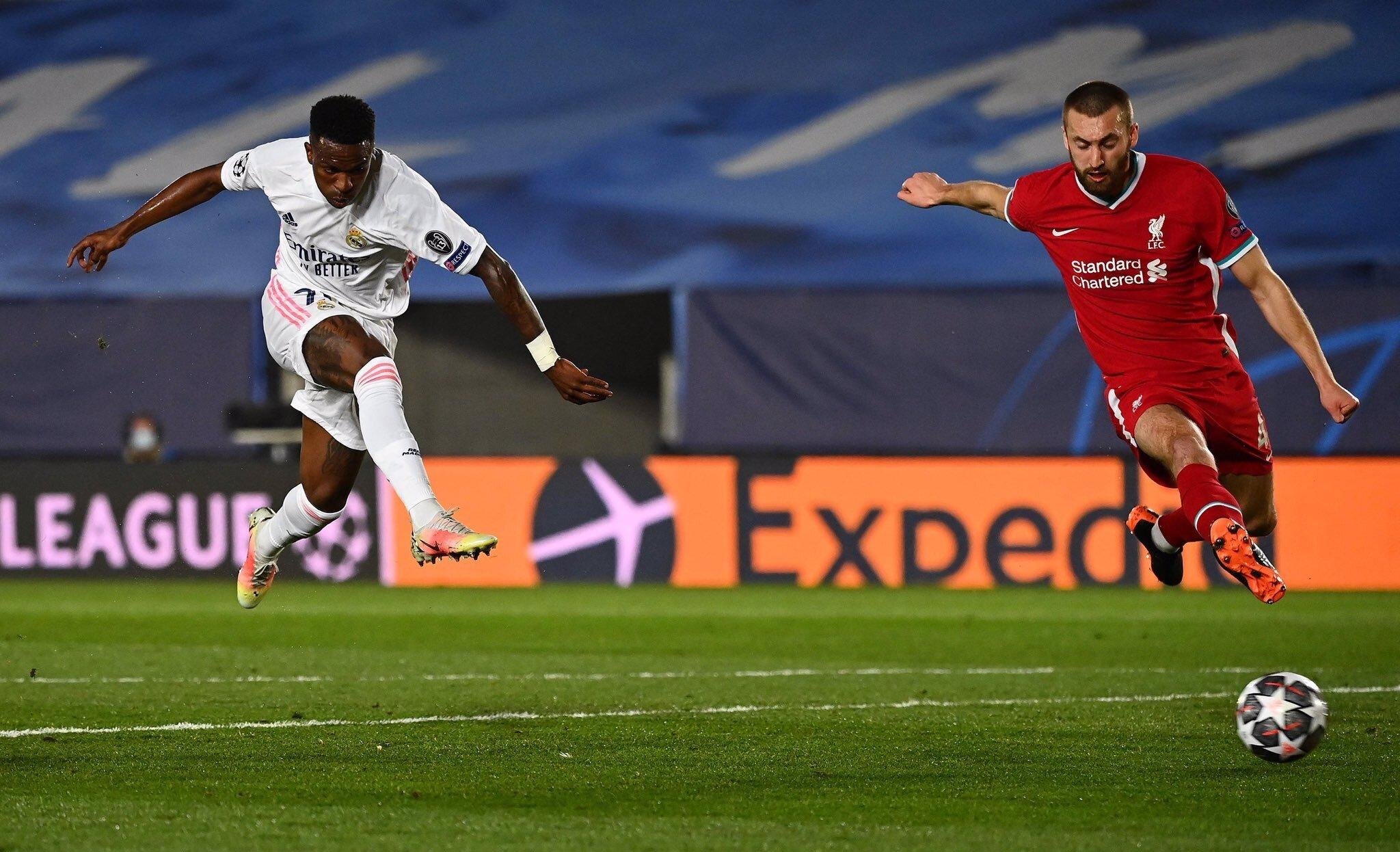 el Real Madrid venció 3-1 al Liverpool en el partido de ida de los cuartos de final de la Liga de Campeones