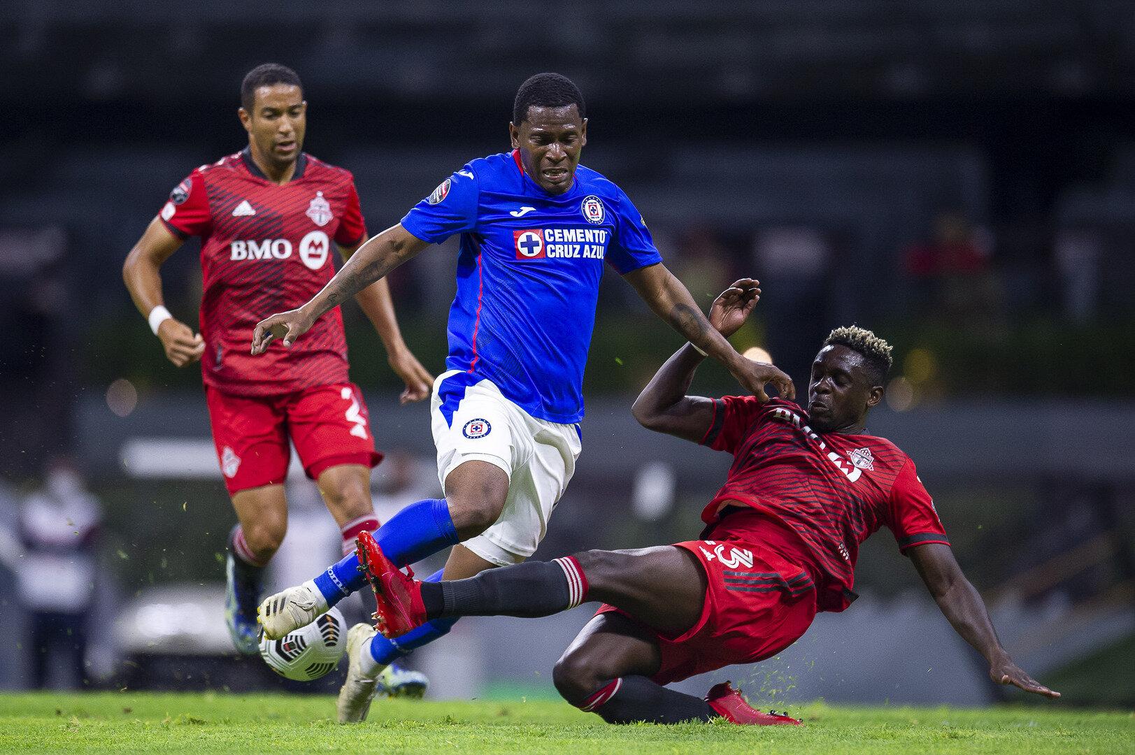 Cruz Azul amarra el pase a la Semifinal de la Concachampions